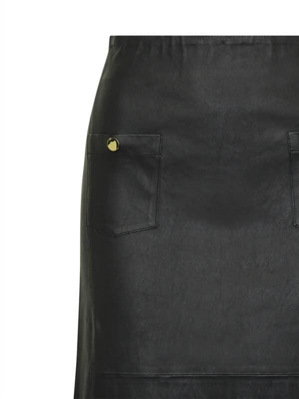 Ally pencil skirt detail